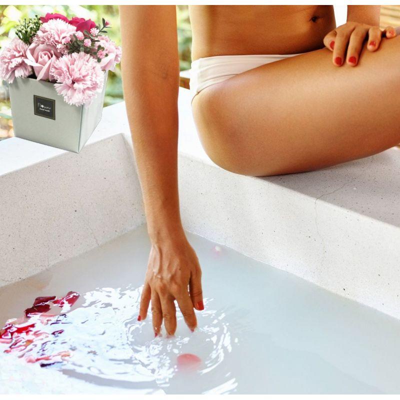 Bouquet insolite 10 Fleurs de savon : Roses et œillets Rose