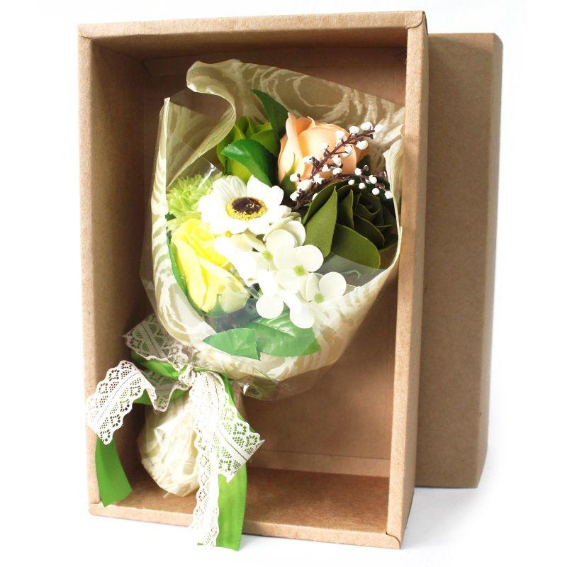 Bouquet original 7 fleurs de bain : vert