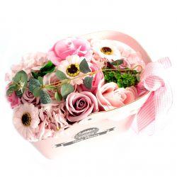 Panier cadeau : fleurs de savon Rose