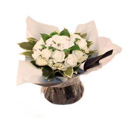 Bouquet de naissance : 8 layettes Blanc