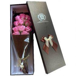 Bouquet original de 11 roses de savon