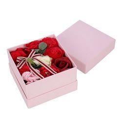 coffret carré de fleurs de savon rouge